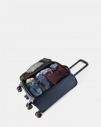 "Boston - Lightweight Softside Carry-on with 15.6"" laptop compartment - Navy Bugatti"