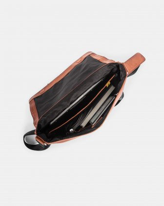 DOMUS 2.0 LEATHER MESSENGER BAG FOR 14 IN LAPTOP - COGNAC Bugatti