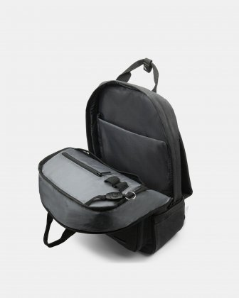 "Traveller - Backpack for 15.6"" Laptop with Exterior bottle pocket - Charcoal - Bugatti"